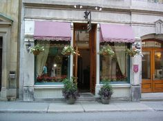 Auberge Bonaparte in old Montreal -  I never tire of visiting Montreal. This is a wonderful place to stay.