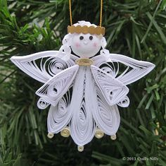 Quilly Nilly: NEW! Quilled Angel Ornament