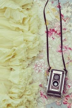 Pretty Camera, Old School Camera, Colorful, Love This, Want A Camera Like This, Like This Picture.