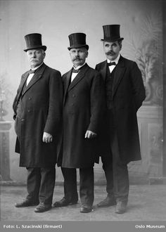 #tbt #throwbackthursday the Gentlemen #fashion in 1915-----Dapper looking fellows.
