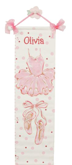 #14 Ballet Growth Chart Is your little one a little ballerina? Then this growth chart is perfect to record her reaching new heights- and goals.