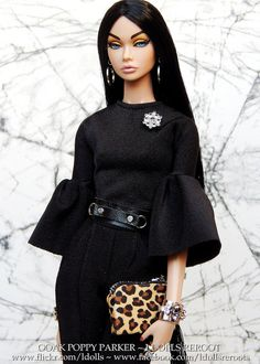 They only want you when you are 17 Bratz Doll Outfits, Doll Clothes Barbie, Dress Up Dolls, Barbie Dolls, Fashion Royalty Dolls, Fashion Dolls, Fashion Outfits, Barbies Pics, Barbie Fashionista Dolls