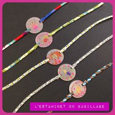 Cadeau pas moche pour maman coquette {petit tuto inside} - L'estaminet du babillage Fabric Jewelry, Resin Jewelry, Silver Pendant Necklace, Washer Necklace, 5 Min Crafts, Shrinky Dinks, Shrink Plastic, Mother And Father, Clay Art