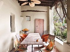 Bohemian rustic house in Ibiza with a lot of charm for the unexpected. Decor, Sfgirlbybay, Beautiful Bedrooms, Interior, Interior Inspiration, Calm Color Palette, Stunning Interiors, Boho Interior, Rustic House