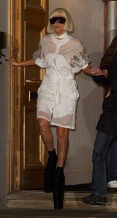 Lady Gagas London mayhem