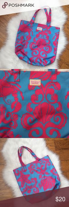 Lilly Pulitzer for Estée Lauder tote beach bag Pretty bag! Excellent condition! Lilly Pulitzer Bags Totes