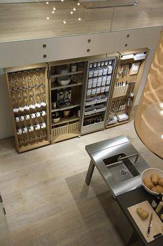 Bulthaup Küchen Design – German creativity and precise production – decor store 2018 Home Decor Kitchen, Kitchen Furniture, Kitchen And Bath, Kitchen Interior, Kitchen Dining, Kitchen Ideas, Compact Kitchen, Kitchen Inspiration, Furniture Decor