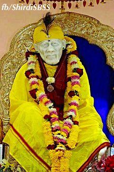 """Om Sai Namo Namah.. Sri Sai Namo Namah.. Jai Jai Sai Namo Namah.. Satguru Sai Namo Namah"" ❤️ॐOM SAI RAMॐ❤️ #sairam #shirdi #saibaba #saideva Please share; FB: www.fb.com/ShirdiSBSS Twitter: https://twitter.com/shirdisbss Blog: http://ssbshraddhasaburi.blogspot.com G+: https://plus.google.com/100079055901849941375/posts Pinterest: www.pinterest.com/shirdisaibaba"