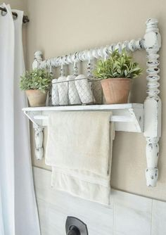 DIY shabby chic furniture ideas to give charm to your home on a budget. Discover the best designs and give your interior an upgrade in a quick and stylish way!