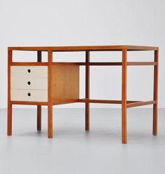 Jaap Penraat; Beech and Linoleum Desk  for N.V. Pentagonia, 1960.
