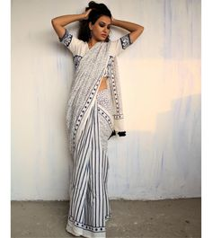 Handwoven & Block Printed Silk, Linen & Cotton sarees for every occasion. Carry your attire from our wide range of designer sarees. Indian Dress Up, Block Print Saree, Block Prints, Formal Saree, Sari Blouse Designs, Simple Sarees, Saree Trends, Stylish Sarees, Elegant Saree