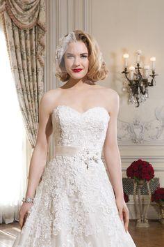 Long white 70 s dress 6ms280