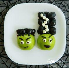 Frankenstein & His Bride Fruit Snack... 1 Green Apple, Dark Grapes, Jet-Puffed Mini Marshmallows