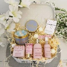 BESTSELLING Baby Gift Hampers, Bumbles And Boo, Luxury Baby Gifts – Bumblesandboo Pamper Hamper, Baby Gift Hampers, Baby Hamper, Unisex Baby Gifts, Best Baby Gifts, Baby Girl Gifts, Indian Beadwork, Star Gift, Crystal Rose