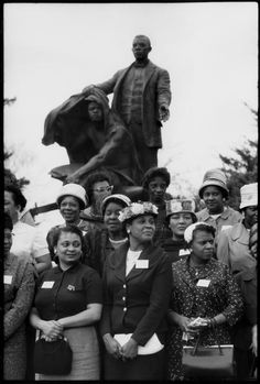 Members of Iota Phi Lambda, a negro professional and businesswomen's sorority at the Booker T. Washington monument in Tuskegee, Alabama in 1961.