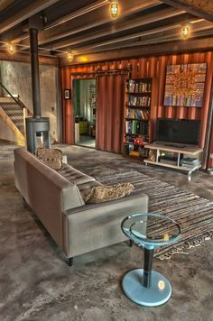 SHIPPING CONTAINER HOUSE interior! How elegant!