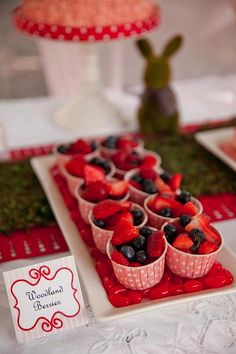 Cupcake liners to display fruit cups