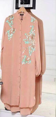 Kurta Pakistani Dresses, Indian Dresses, Indian Outfits, Indian Attire, Indian Wear, Fashion Wear, Fashion Outfits, Kurta Designs, Indian Designer Wear