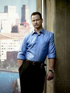 Photo of Gary Sinise for fans of Mac Taylor 1130484 Les Experts Manhattan, Eddie Cahill, Detective, Stylish Men, Men Casual, Gary Sinise, Cop Show, Evolution Of Fashion, Famous Men