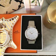 """Idag inviger jag min nya klocka från @harperandbrooks Fastnade för den här modellen som är enkel, stilren och passar till det mesta! ✨ Med koden """"LAUNCH"""" får ni 15 % just nu!"""