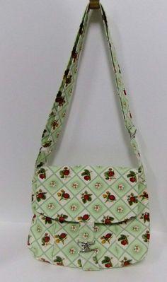 Medium Messenger Bag -strawberry lattice- cute mint - crossover purse