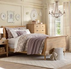 Emelia Sleigh Bed