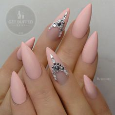 Why are stiletto nails so amazing? We have found the very Best Stiletto Nails for 2018 which you will find below. Having stiletto nails really makes you come off as creative and confident. Hot Nails, Pink Nails, Hair And Nails, Matte Nails, Matte Pink, Peach Nails, Gelish Nails, Matte Lipsticks, Fabulous Nails