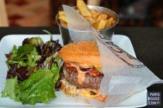 Café Petite, le cheeseburger qui vaut le détour