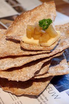 Halvgrovt rågknäcke – en smaksak Bread Recipes, Soup Recipes, Cooking Recipes, Savoury Baking, Bread Baking, Breakfast Recipes, Dessert Recipes, Desserts, Pescatarian Recipes