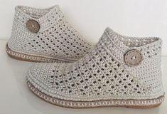 Crochet Sandals, Crochet Boots, Crochet Slippers, Crochet Clothes, Crochet Baby, Knit Crochet, Knit Cowl, Crochet Granny, Hand Crochet