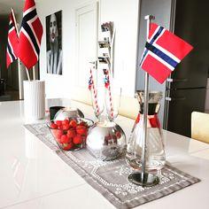 17.mai bordekning Housewife, Soap Dispenser, Norway, Table Decorations, Random, Furniture, Home Decor, Soap Dispenser Pump, Decoration Home