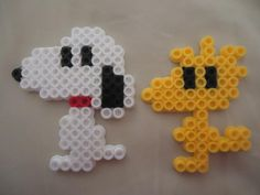 Snoopy and Woodstock perler beads by PerlerHime Easy Perler Bead Patterns, Melty Bead Patterns, Perler Bead Templates, Diy Perler Beads, Perler Bead Art, Pearler Beads, Fuse Beads, Beading Patterns, Kandi Patterns