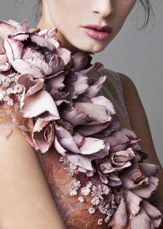 styleisviral: Krikor Jabotian Couture Spring 2016 details