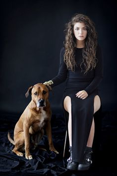 """simple, classic, gorgeous pic of lorde, my latest source of music. hear her song """"royals"""" on the blog:  http://pretaporterpb.blogspot.com/2013/07/song-for-style-you-can-call-me-queen-bee.html"""