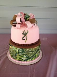 browning camo cake for girl | First Birthday ideas | Pinterest