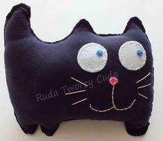 Kotek poduszka Pillows, Fictional Characters, Cushions, Fantasy Characters, Pillow Forms, Cushion, Scatter Cushions
