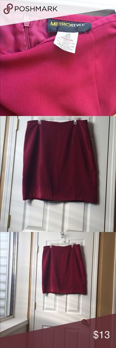 MetroStyle Lined Red Skirt Great for the office.  Was part of a set but just selling the skirt.  It says Size 20 but fits more like a 16-18.  Red in color more like a burgundy red.  Fully Lined.  Zipper in back and a peek-a-boo slit. Knee Length. Good shape. Metrostyle Skirts A-Line or Full