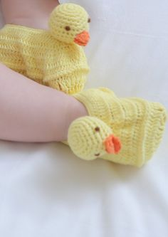 This is a cute and quackers collection for baby girls and boys alike! Mother ducks will love to receive this as a christening, new arrival or baby shower gift! Quack Quack, Baby Hamper, Little Babies, Christening, Baby Shower Gifts, Boys, Cute, Collection, Baby Boys
