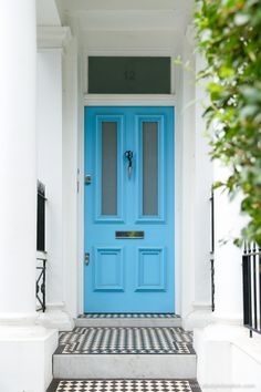 Blue door in Notting Hill, London