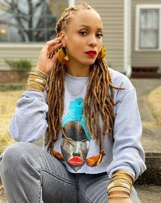 [ Short hairstyles can look exceptionally beautiful and feminine, and when you choose the right haircut. Dreadlock Styles, Dreadlock Hairstyles, Cool Hairstyles, Hairstyle Ideas, Hair Ideas, Nattes Twist Outs, Short Curly Haircuts, Bob Haircuts, Blonde Dreads