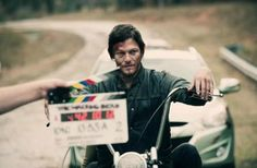 And one last TWD behind the scenes shot... this one for the ladies ;)