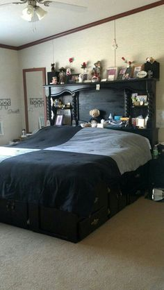 Im gonna redo a water bed frame to look like this .