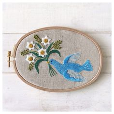 Blue Bird, Embroidery Patterns, Yumiko, Stitch, Spoon Rest, Knitting, Decorative Plates, Handmade, Design