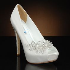 DAVID TUTERA PRINCESS Wedding Shoes and PRINCESS Dyeable Bridal Shoes WHITE: