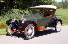 """Scripps-Booth. These were produced from 1913-1923, and only came in a 3 person Runabout model. In 1916, they were purchased by Chevrolet, until it was discontinued. It was supposed to be a """"sporty"""" alternative to what the other lower/mid priced brands offered.  It featured a starter, which was quite rare, and it didn't need to have a winding key stuck under the radiator to start the engine. This was a pleasant change, as broken wrists from a backfire when starting were common."""