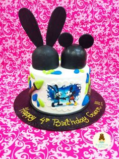 Epic Mickey Birthday Cake