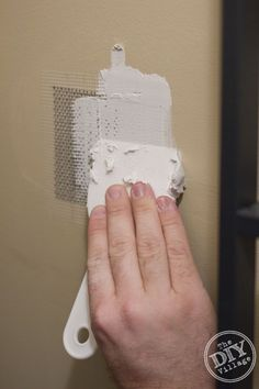 How to repair a hole in the drywall - the EASY way!