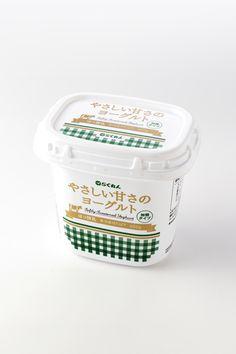 やさしい甘さのヨーグルトyogurt packaging color palette