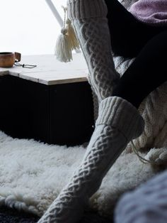 It's about slow mornings, tiptoeing on the squeaky wooden floors in your woolen socks and enjoying the first cup of coffee in candlelight. These long cabled socks are knitted with Novita 7 Veljestä. Knitting Charts, Knitting Socks, Knitting Patterns, Knit Socks, Thigh High Socks, Thigh Highs, Rainbow Dog, Men In Heels, Red Green Yellow