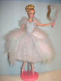 Ballerina Barbie, Barbie I, Barbie World, Barbie And Ken, Barbie Dress, Barbie Clothes, Barbie Style, Crochet Fashion, Diy Fashion